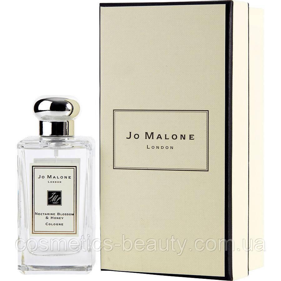 Женская туалетная вода Jo Malone Nectarine Blossom and Honey.