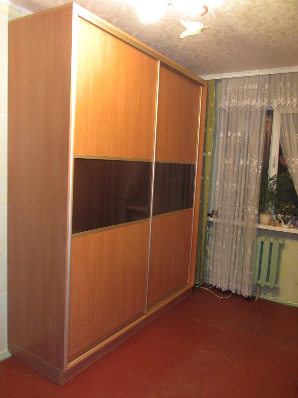 Шкаф купе на заказ крашеное стекло и дсп.  Z-209