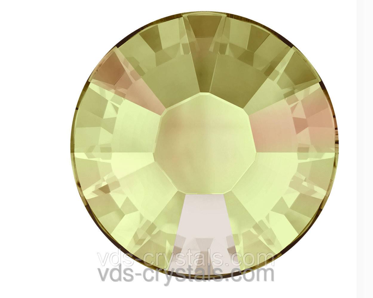 Стразы Swarovski клеевые холодной фиксации 2058 Crystal Luminous Green F (001 LUM