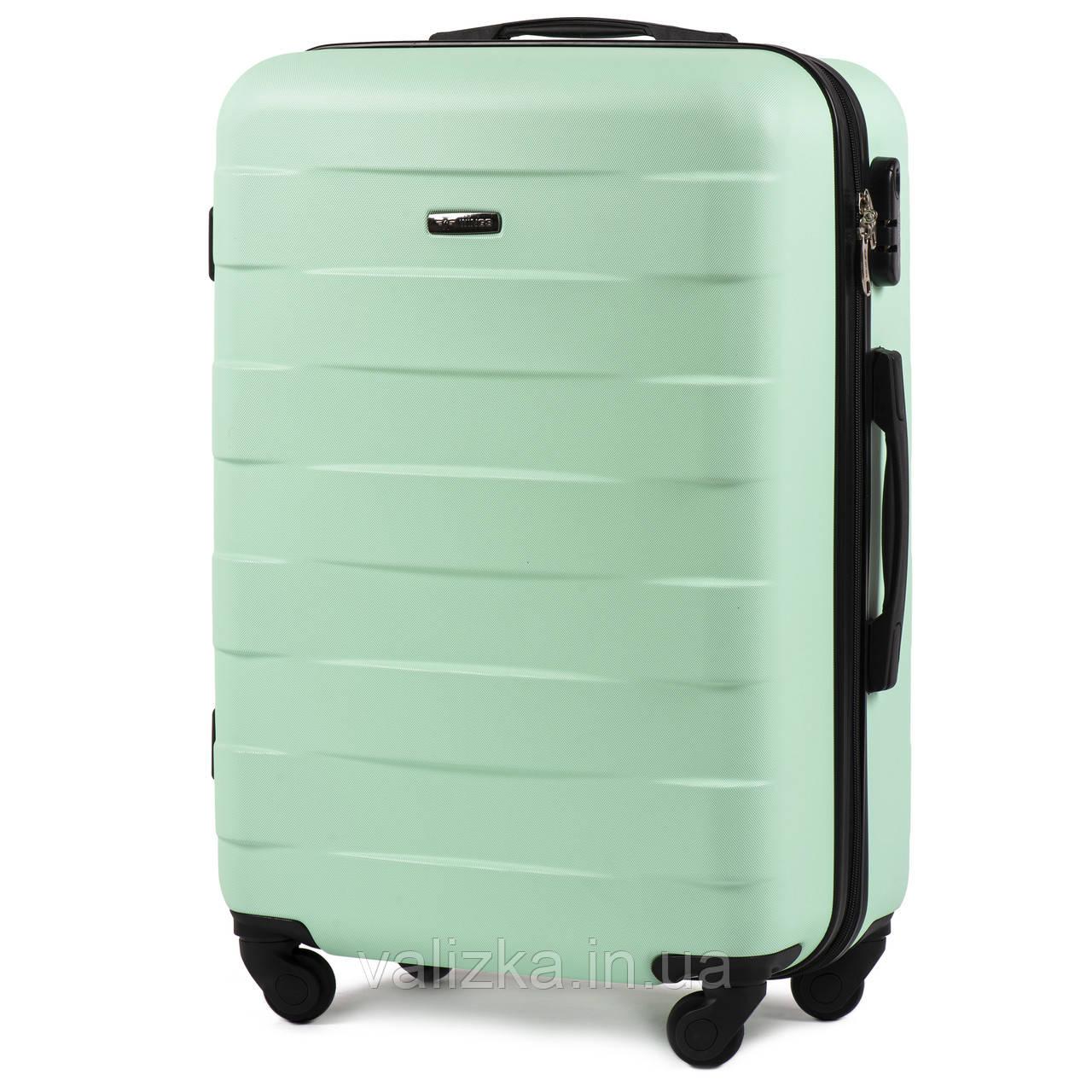 Пластиковый чемодан Wings 401 средний 4- колесный мятный