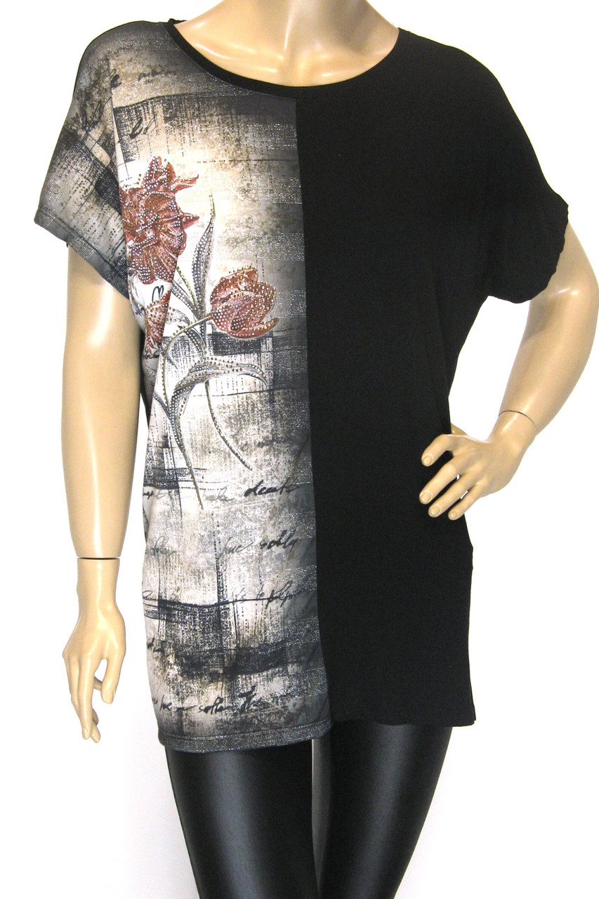 Жіноча чорна футболка з принтом великий розмір