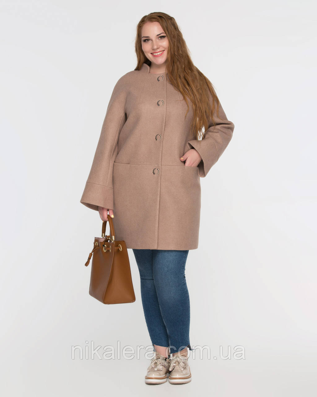 Женское пальто полуприталенного кроя рр 48-58