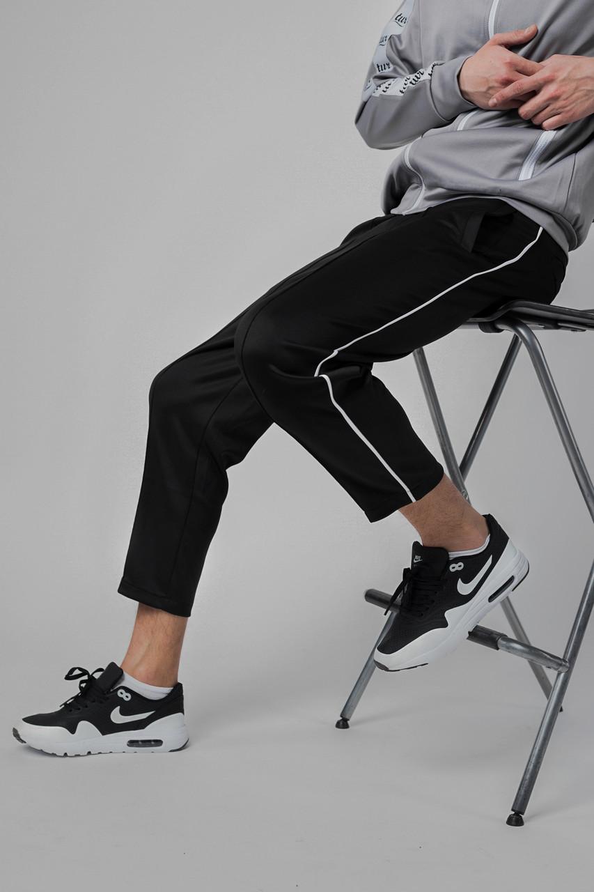 Спортивные штаны с полосками мужские черные от бренда ТУР модель Кейдж (Cage)