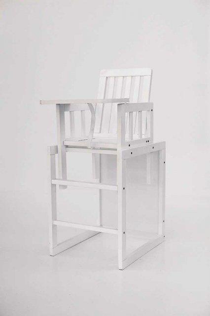 детский деревянный стульчик для кормления Deson малыш M18 01 белый