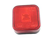 Габаритний ліхтар квадратний червоний (65х65мм) з відображувачем