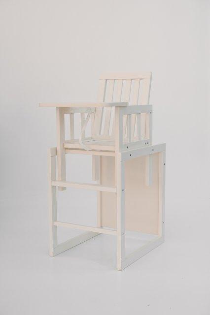 детский деревянный стульчик для кормления Deson малыш M18 02 ваниль