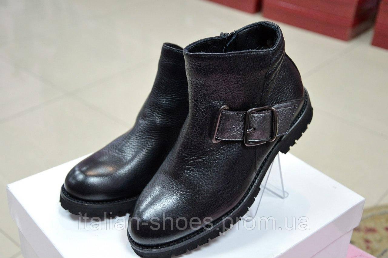 Зимние черные ботинки Marika -260