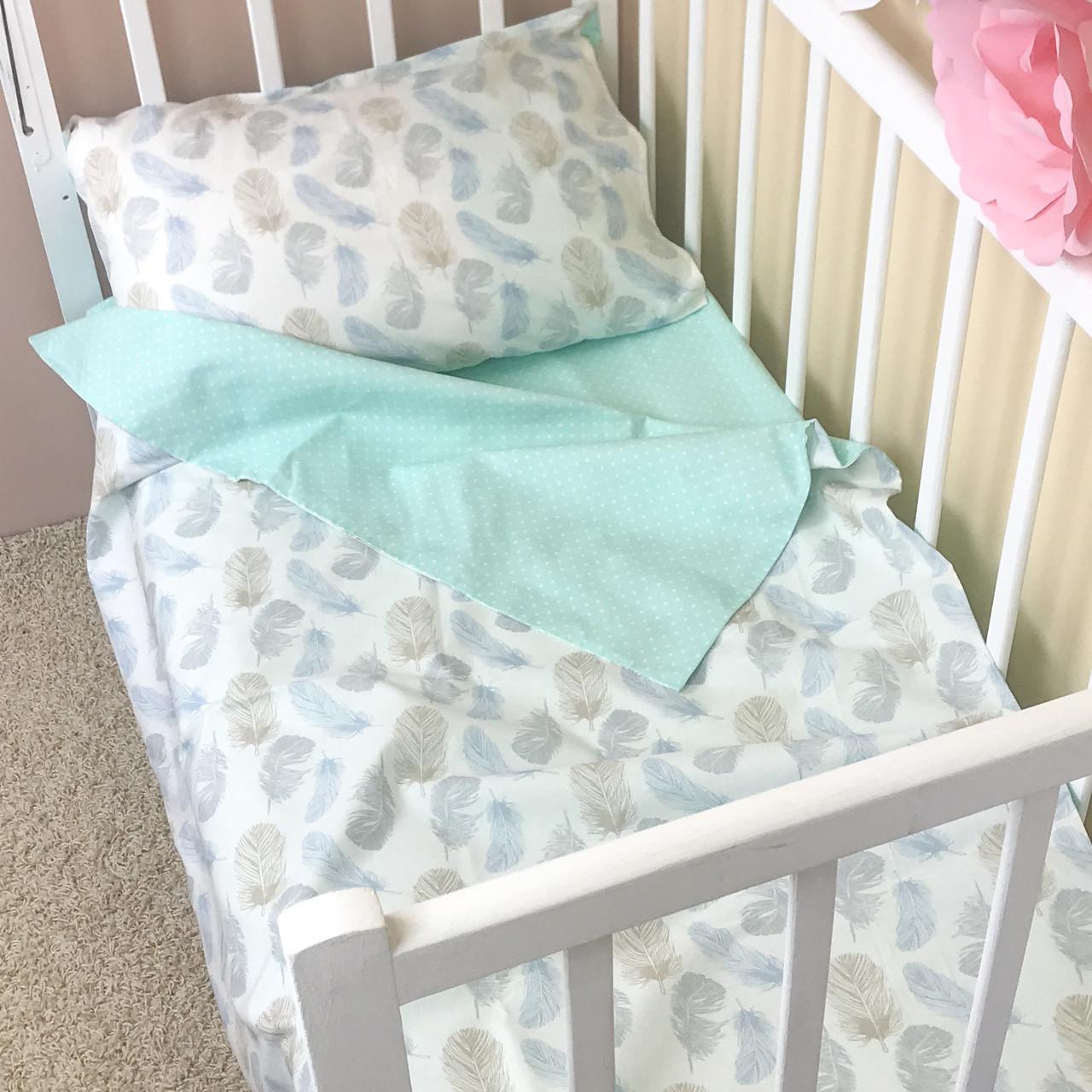 """Постельное бельё в детскую кроватку """"Пёрышки"""""""