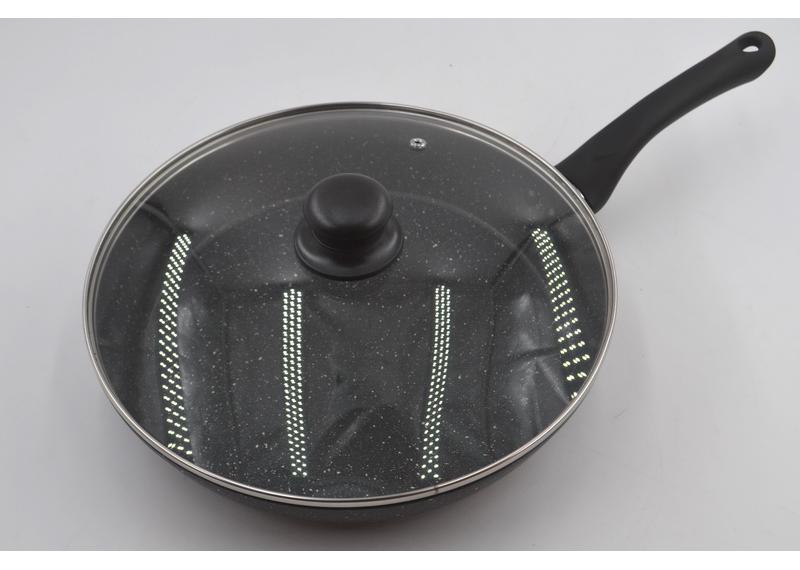 Сковорода с крышкой Benson BN-502 (24*5 см)