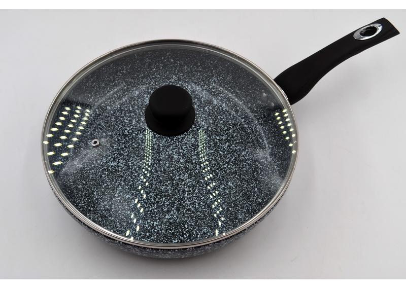 Сковорода глубокая  с крышкой Benson  BN-517 (28*6 см)