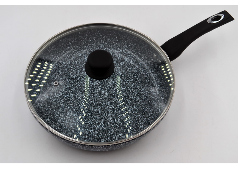 Сковорода глубокая  с крышкой Benson  BN-516 (26*6 см)