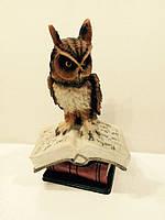 Сова на книге статуэтка