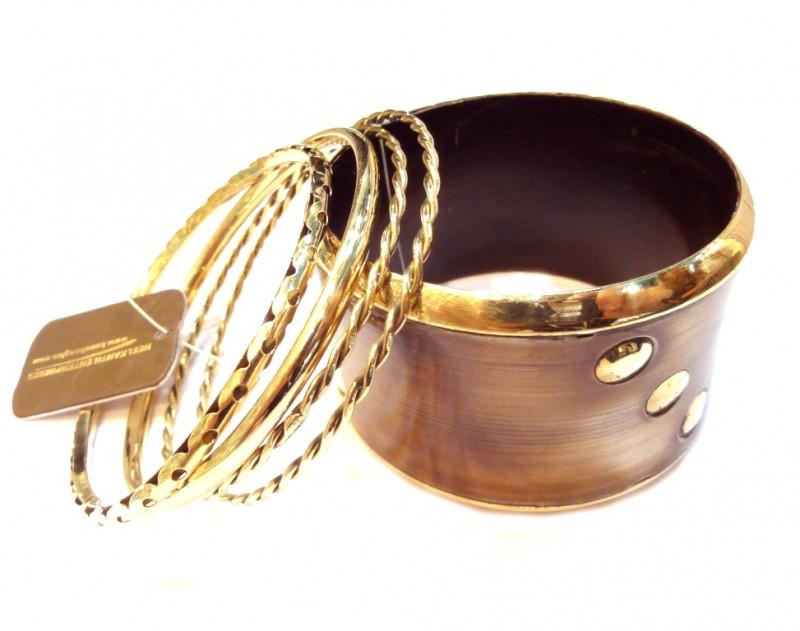 Гарний набір жіночих браслетів. 5 штук