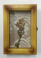 """Ключница  настенная, деревянная -"""" Ключи под стеклом """""""