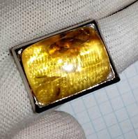Перстень натуральный янтарь с инклюзом вес 13г
