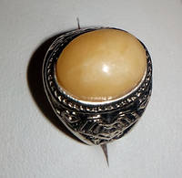 Кольцо с натуральным янтарем вес 7г размер 19