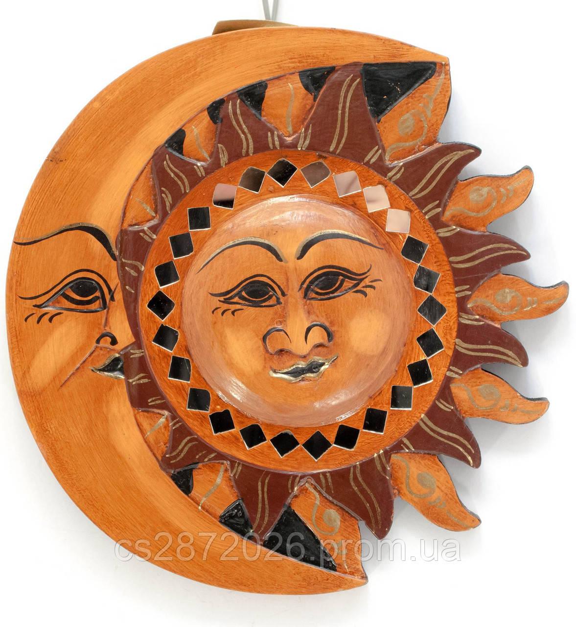 Панно настенное деревянное Луна-солнце