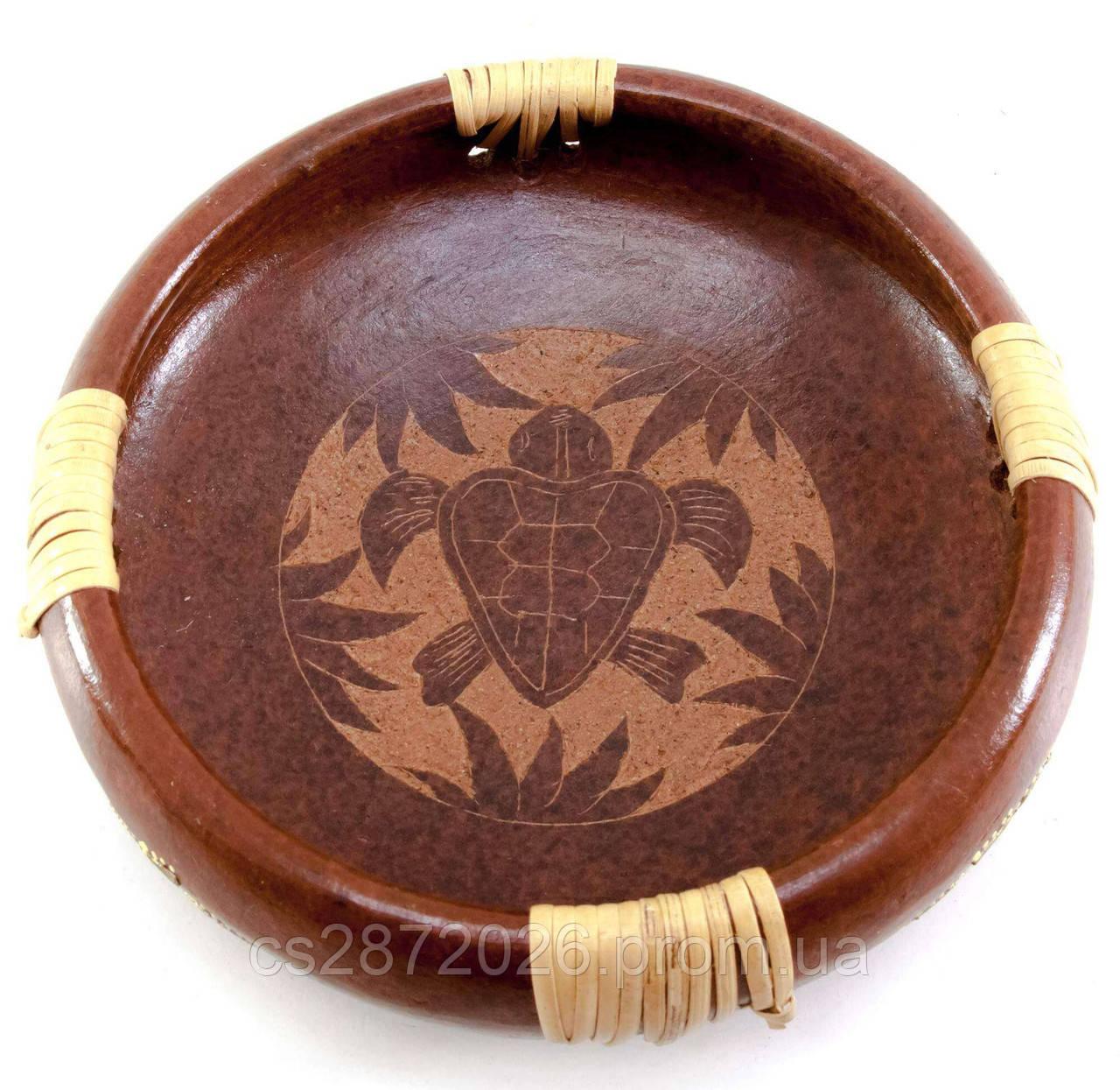 Блюдо круглое из дерева Черепаха