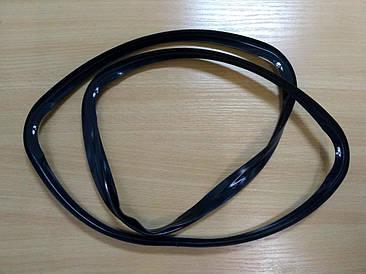 Ущільнювальна гума двері духовки Ariston Indesit C00111687