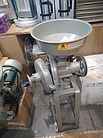 Измельчитель зерна электрический на станине