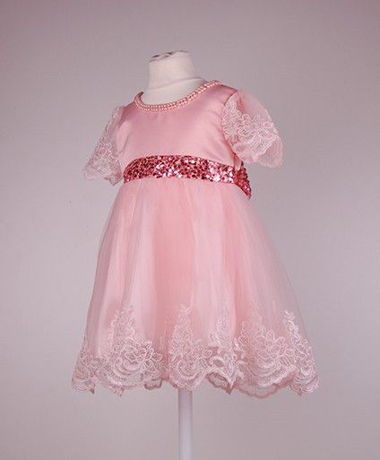 Нарядное детское платье на 6-7 лет