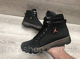 Кожаные  ботинки  в стиле Jordan на меху