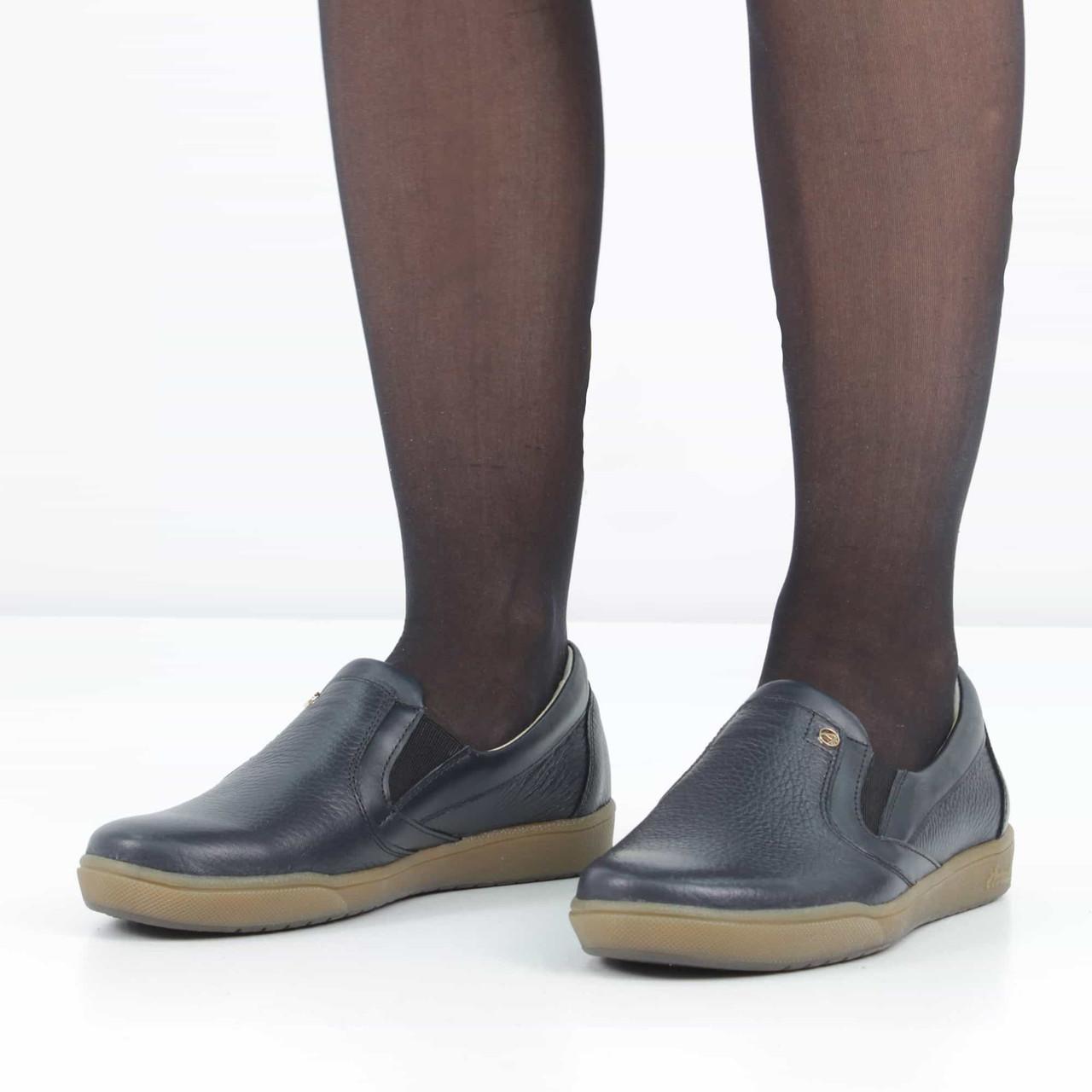 74ba3b72157 Кожаные темно-синие туфли без каблука (весна-осень)