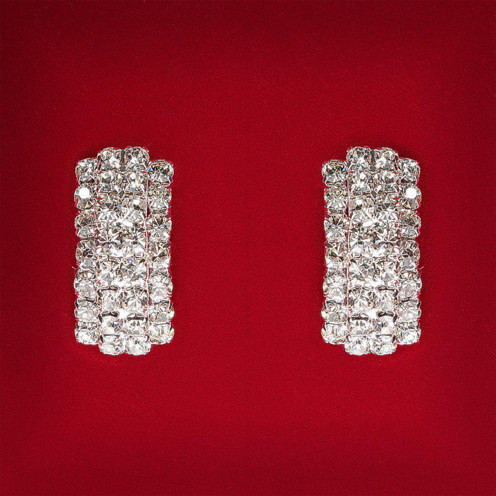 [25 мм] Серьги женские белые стразы светлый металл свадебные вечерние гвоздики (пусеты ) два слоя слегка изогнутые средние