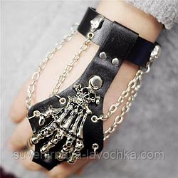 Кожанный браслет - перчатка. Готическое украшение