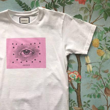 GUCCI. Женская футболка Gucci. Белый цвет. Розовый принт, фото 2