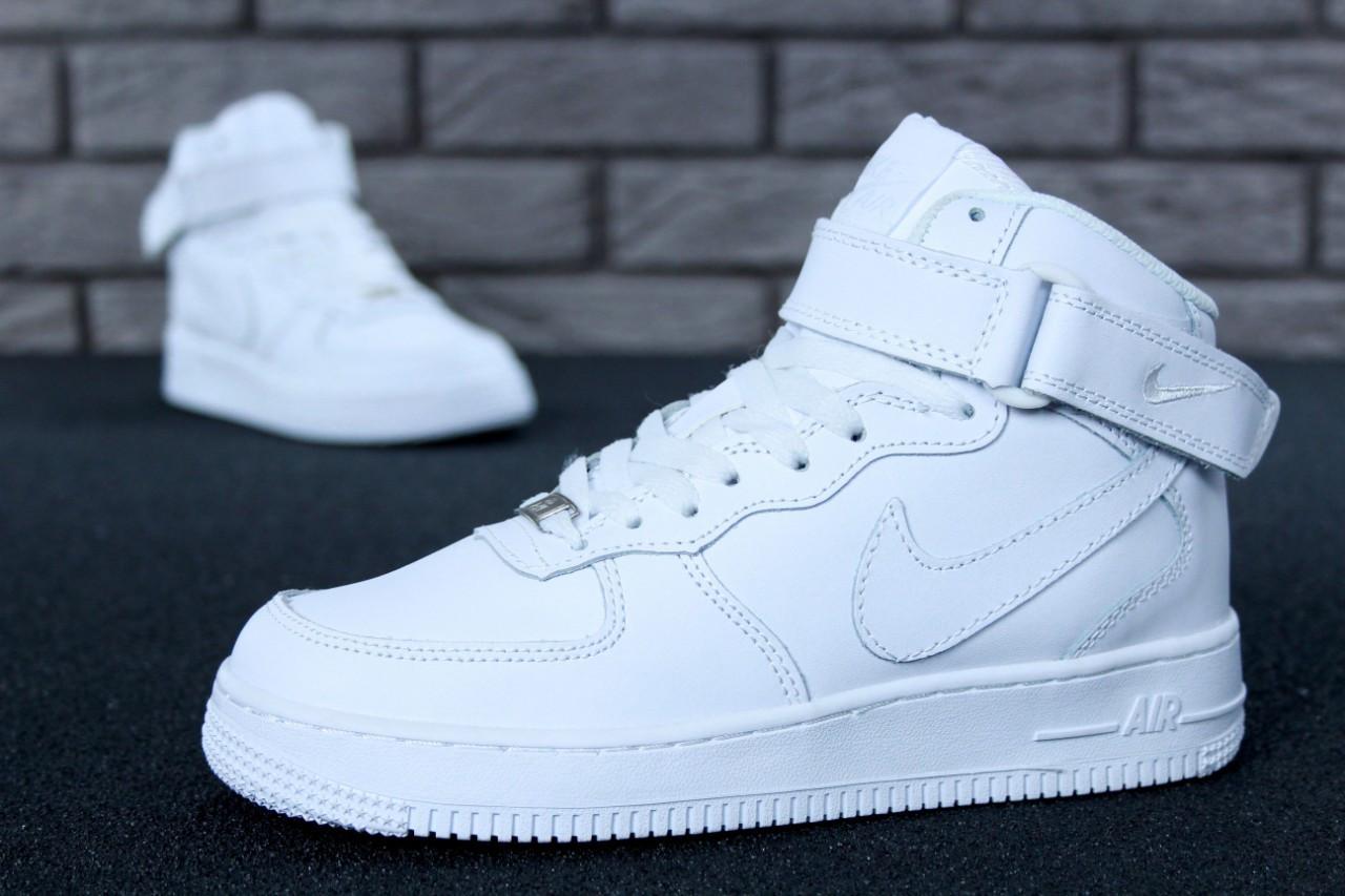 ff8d8fdc Зимние женские кроссовки в стиле Nike Air Force 1 Mid, натур. кожа, мех,  белые