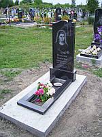 Памятник из гранита на одного (волна с крестом) Буки