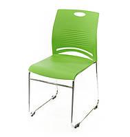 Стул офисный на полозьях Плейфул CH зеленого цвета из пластика
