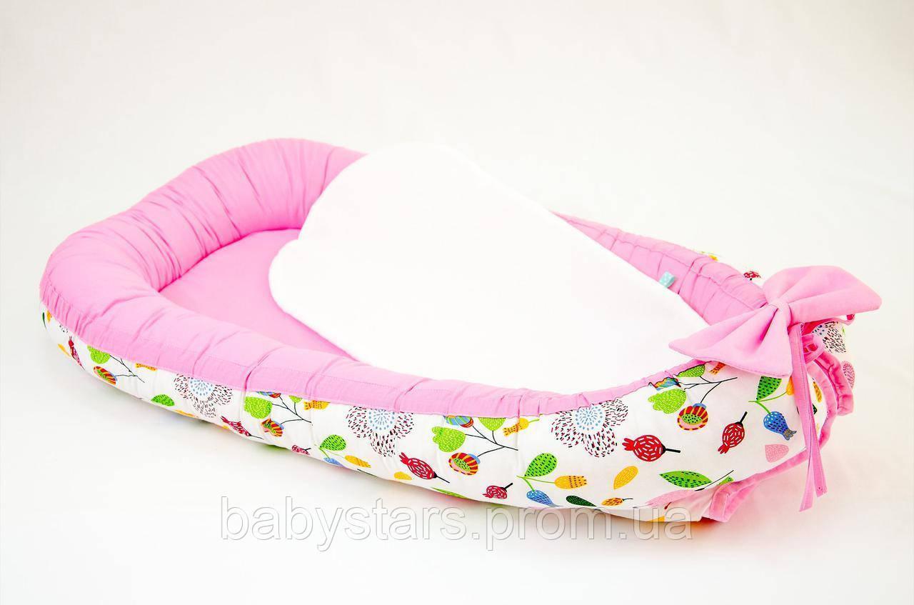 """Babynest - позиционер для малыша с непромокаемым матрасом 50Х80см, """"Розовый сад"""""""