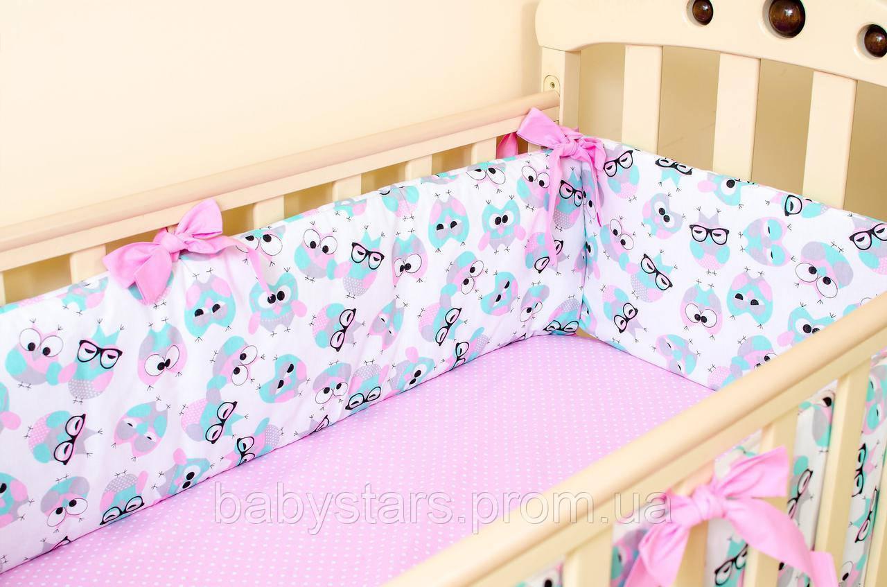 """Защитный бортик на кровать 360см х 27см, """"Розовые совушки в очках"""""""