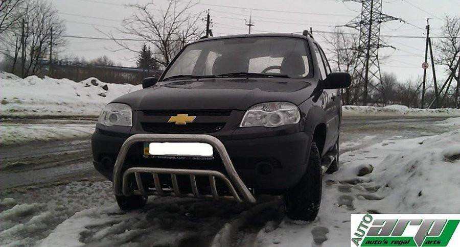 Защита переднего бампера (кенгурятник) Chevrolet Niva 2006-