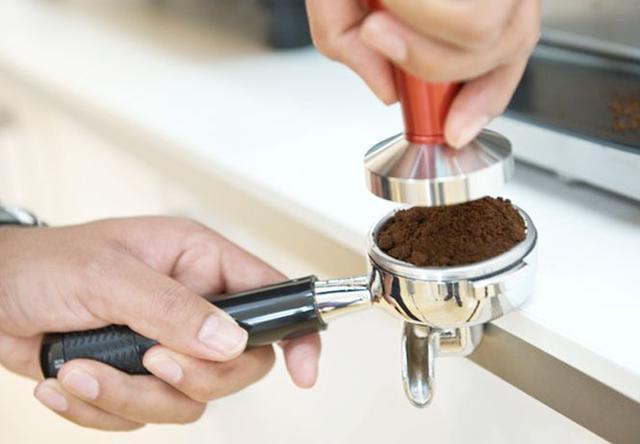 правильная темперовка кофе, заказать профессиональный темпер