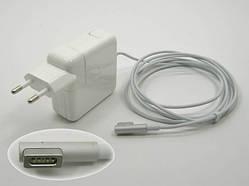 Блок питания APPLE MagSave 14.5V 3.1A 45W OEM. В комплекте вилка питания.