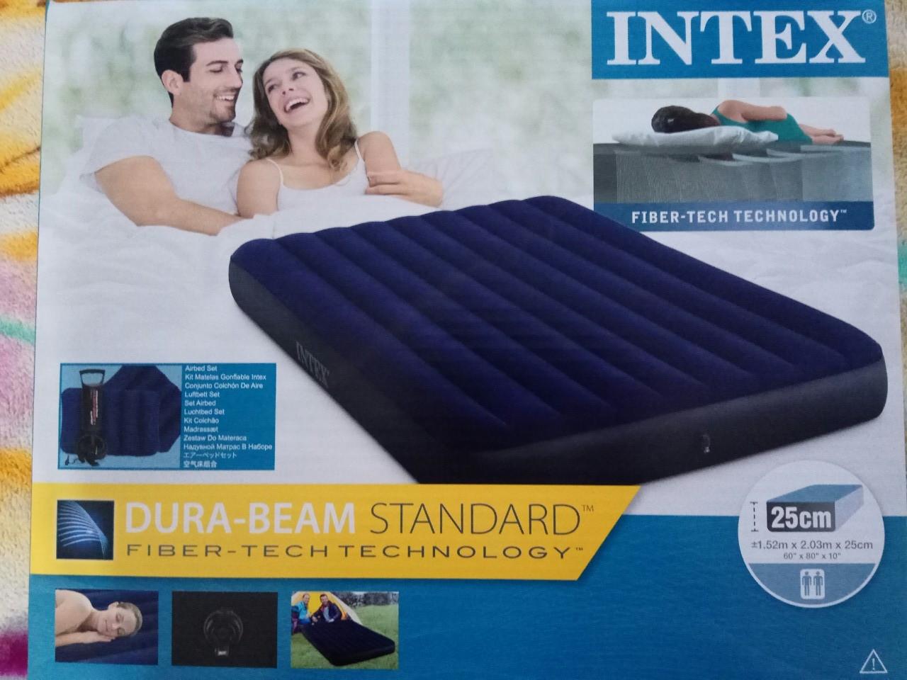 Велюровый надувной матрас Intex 64765 с насосом и подушками
