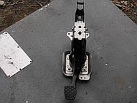 Педаль тормоза volkswagen-caddy.2004-2010