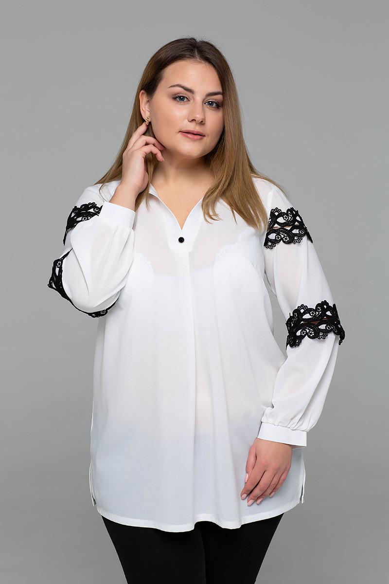 Белая нарядная блузка больших размеров Андреа