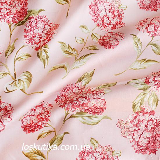 39014 Цвет калины. Ткань с цветочным принтом. Натуральный хлопок. Ткань квилтинговая с набивным рисунком.