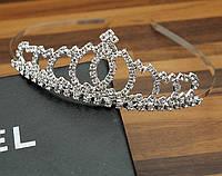 Красивая, эффектная, стильная, тиара, диадема, украшение на голову невесты, на торжество, бракосочетание.