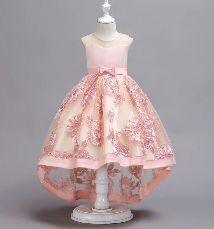 Платье нежно-розовое бальное выпускное нарядное для девочки в садик или школу