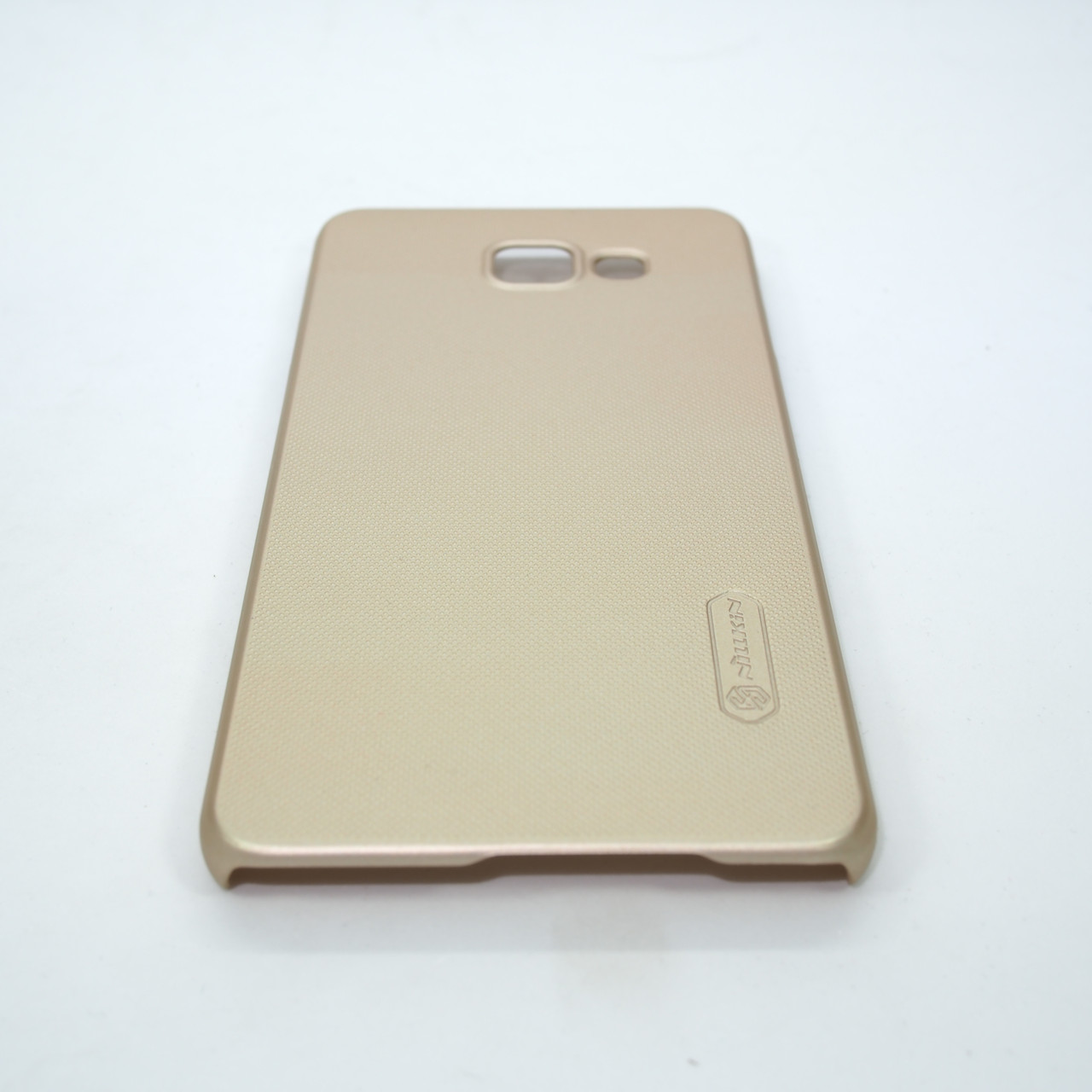 Накладка Nillkin Super Frosted Shield Samsung Galaxy A710 gold