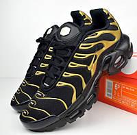 Женские кроссовки в стиле Nike AIr Max Tn+ plus черные с золотом. Живое фото
