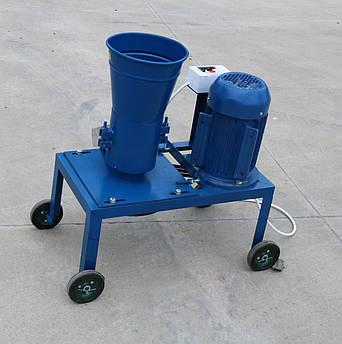 Гранулятор корма 380 В., 4 кВт.  (на ременной передаче)