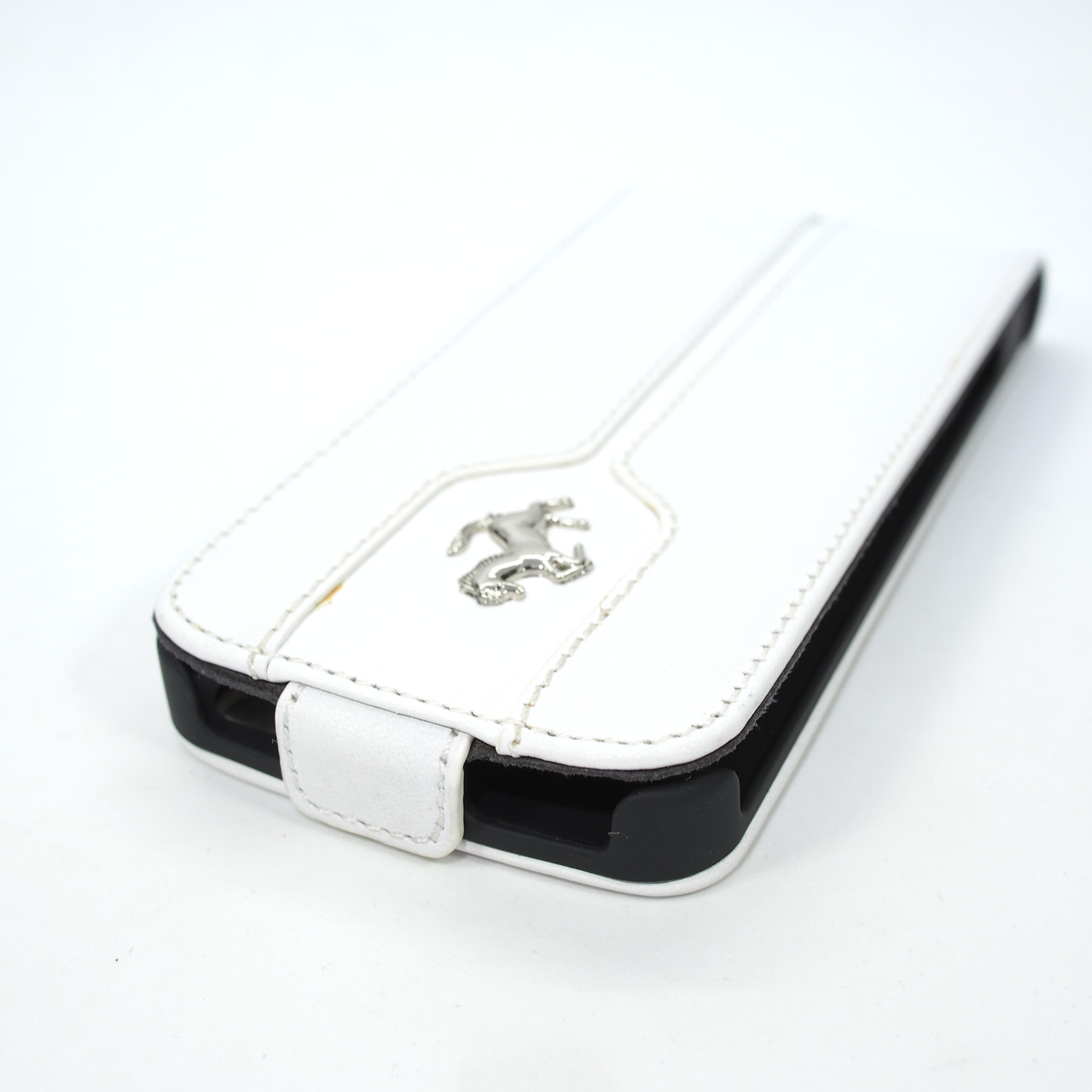 Чехол Ferrari Leather Flip Montecarlo iPhone 5s SE white Apple Для телефона