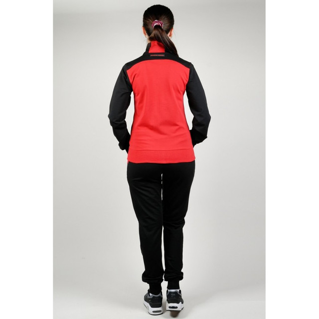 078fe8cf Купить спортивные костюмы недорого предлагает наш интернет-магазин.  Заниматься спортом необходимо в специальной одежде. Идеальным решением  может стать ...