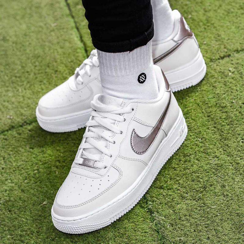 956d0a45 Оригинальные кроссовки Nike Air Force 1: продажа, цена в Львове ...